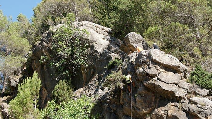 Gold multi adventure in Cazorla. Abseiling