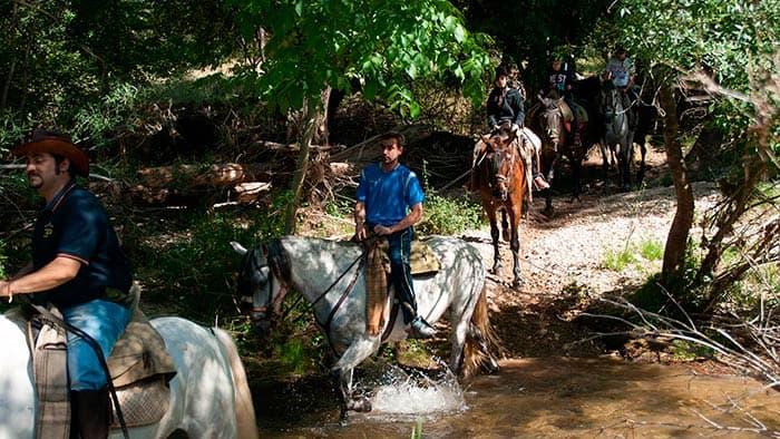 Guias-de-cazorla-ruta-a-caballo